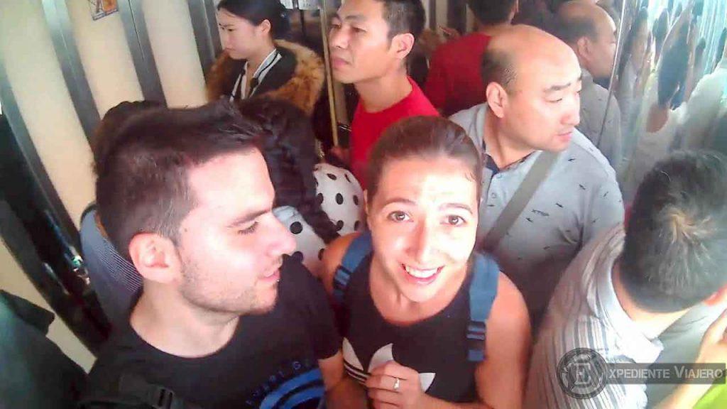 dentro del ascensor bailong