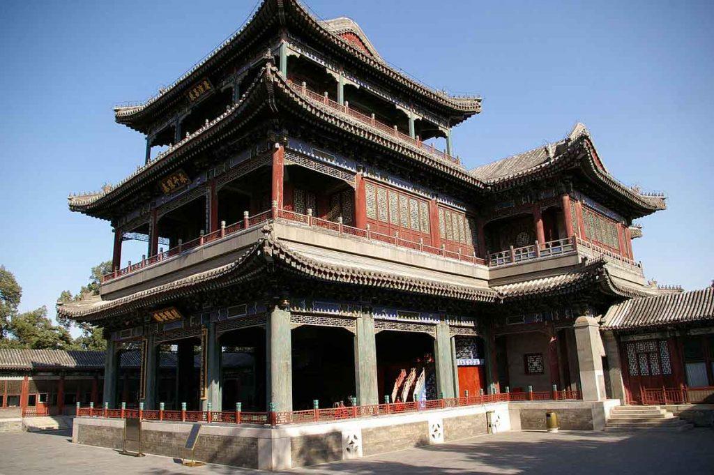 Teatro en el Jardín de la Armonía Virtuosa, en el Palacio de Verano de Pekin