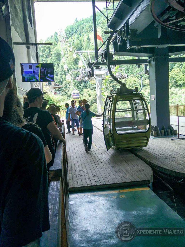 teleférico al Golden Budda Peak arrozales Guilin