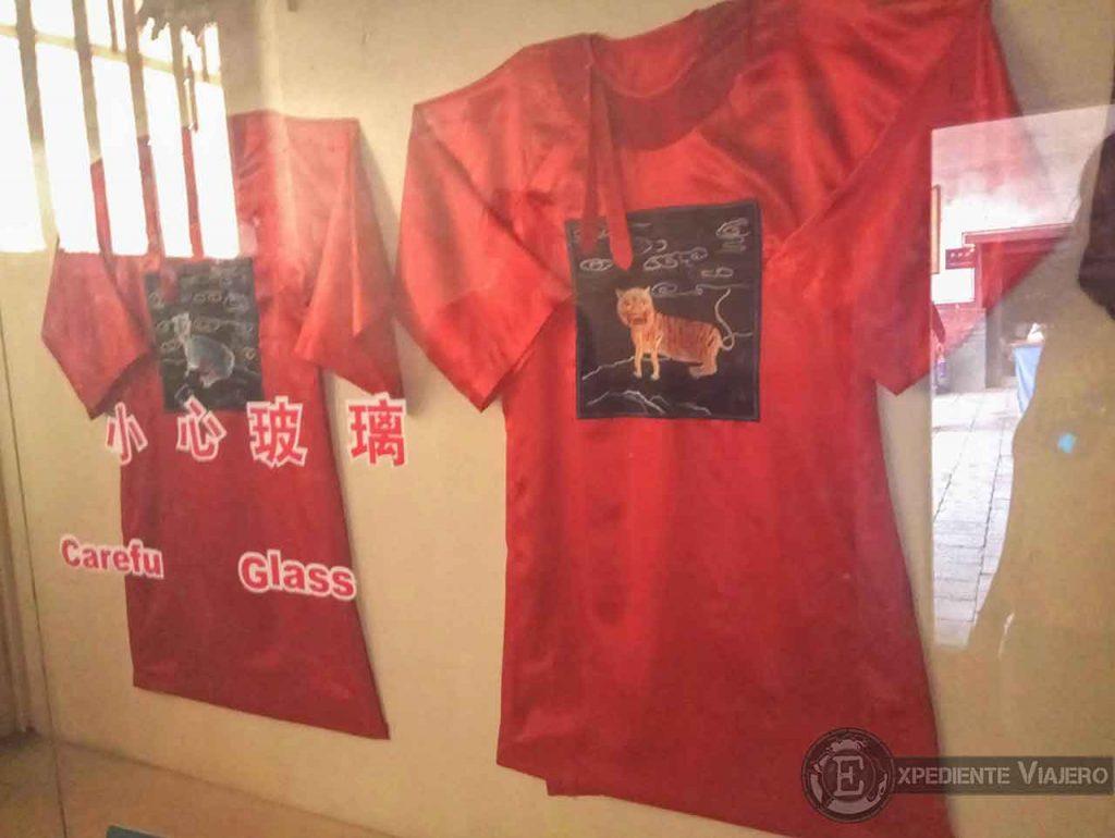 Vestimentas de los antiguos funcionarios de Pingyao, China