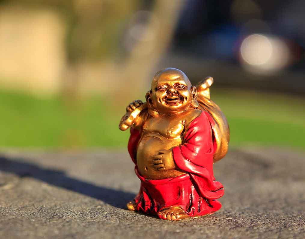 Hotei con su saco, el Buda sonriente