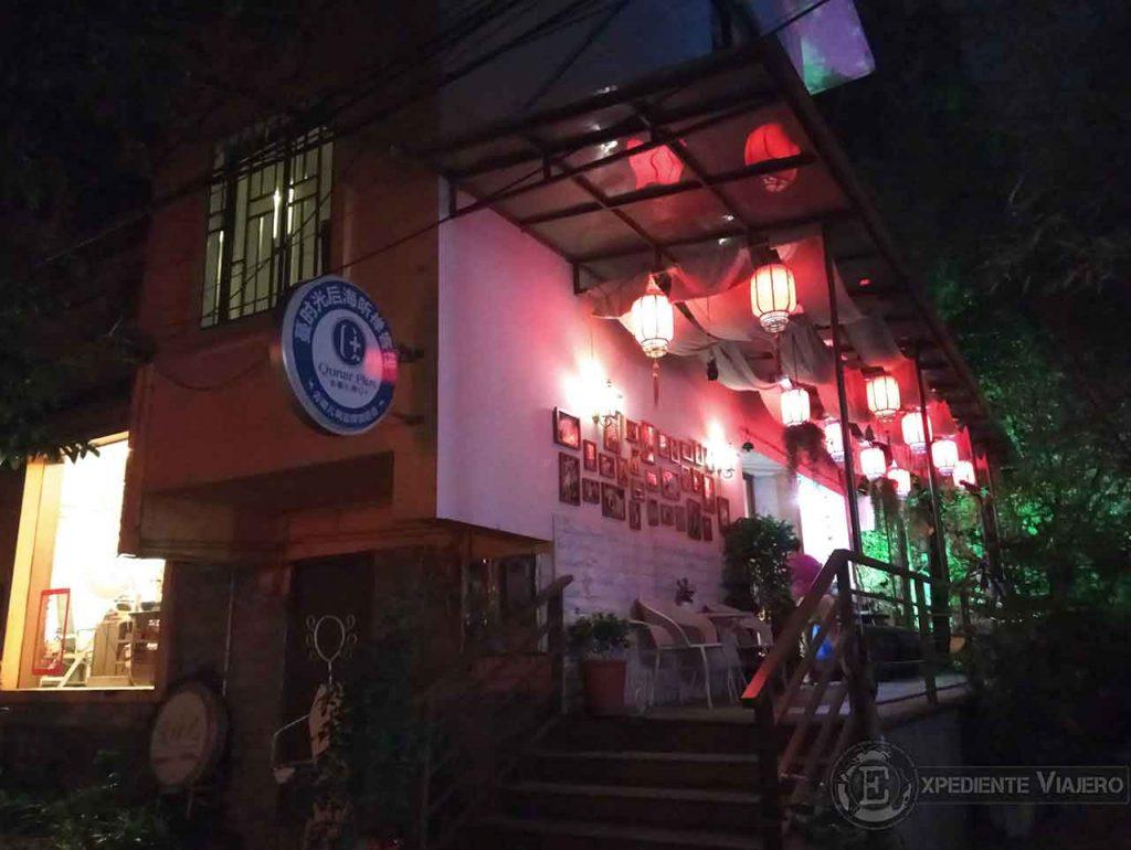 Entrada de nuestro hostel, el Guilin Riverside