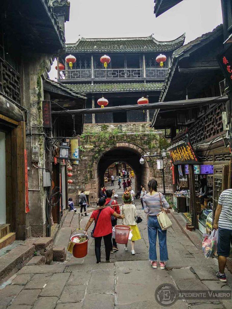 Calle de estilo tradicional Fenghuang