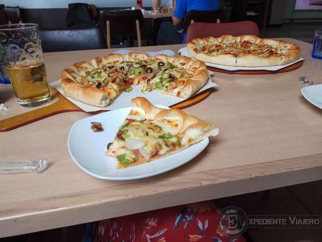 Pizza en el aeropuerto de Chengdu