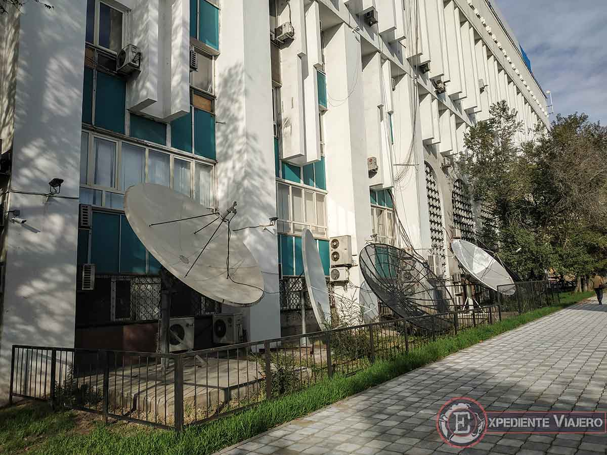 Calle de estilo soviético en Almaty