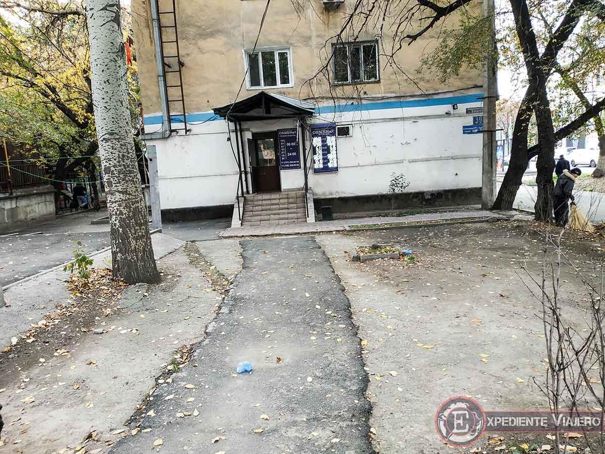 Casa de cambio en Almaty