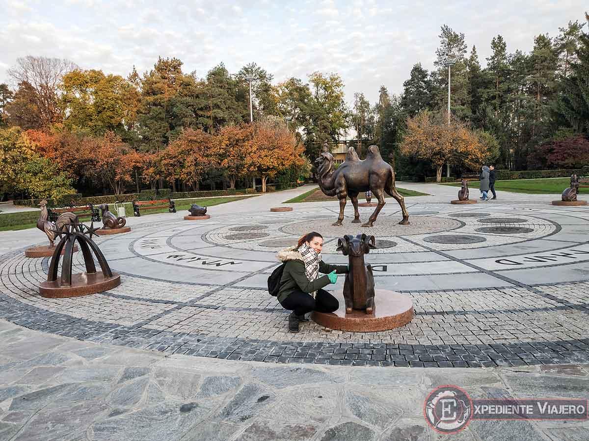 Figuras del horóscopo en el Parque Gorki