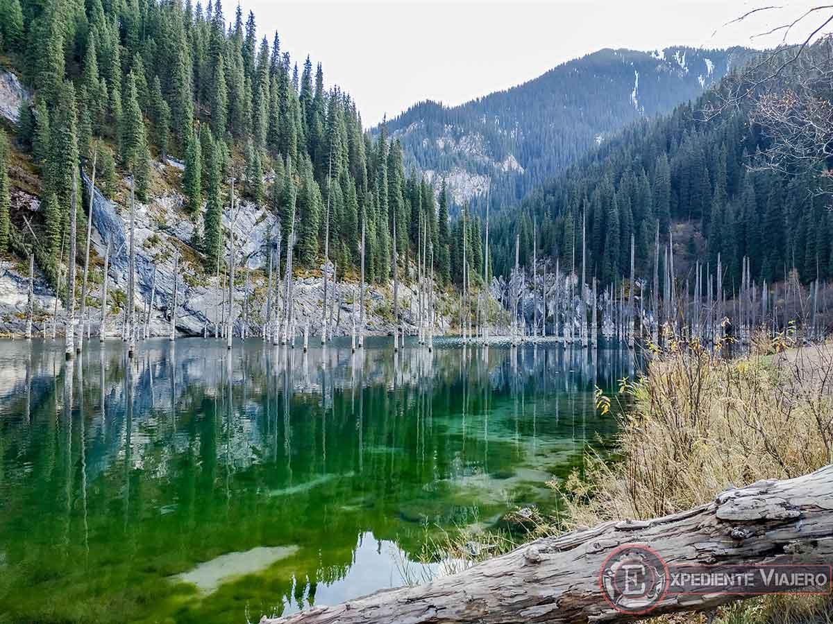 Lugares turísticos de Kazajistán: el lago Kaindy