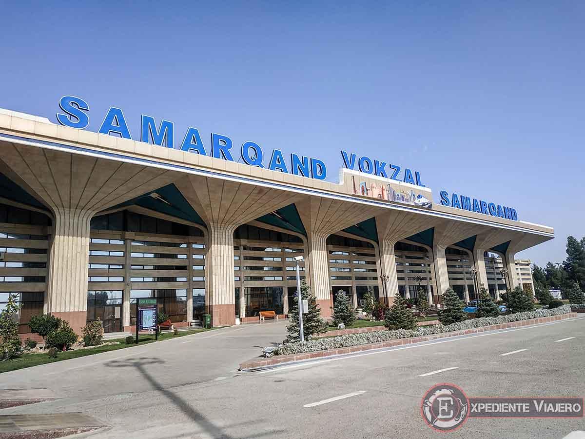 Estación de Samarcanda por fuera