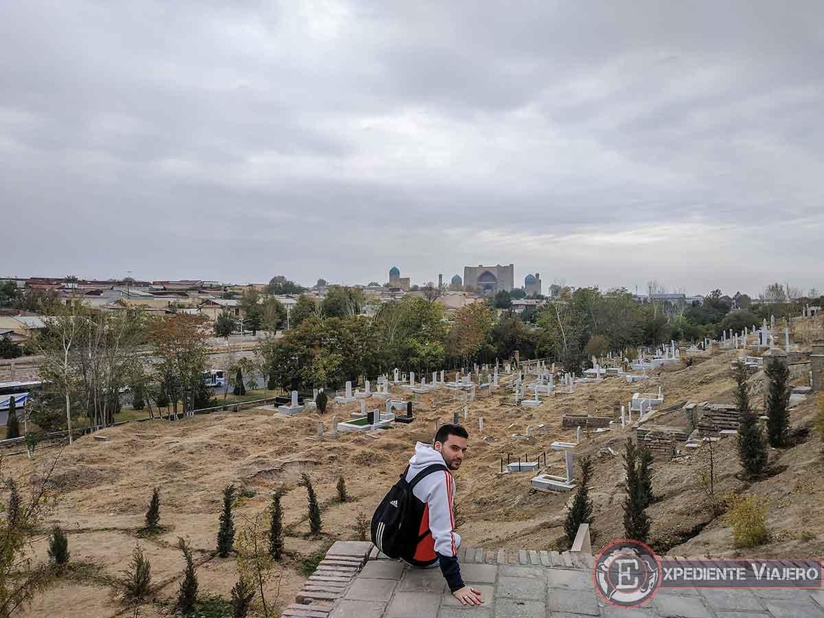 Vistas del cementerio árabe