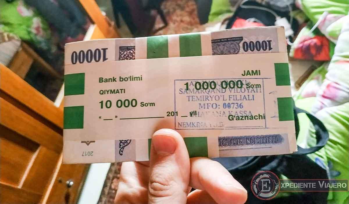 Cambiar dinero en Samarcanda
