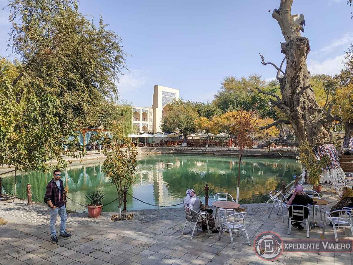 Plaza Lyabi Hauz