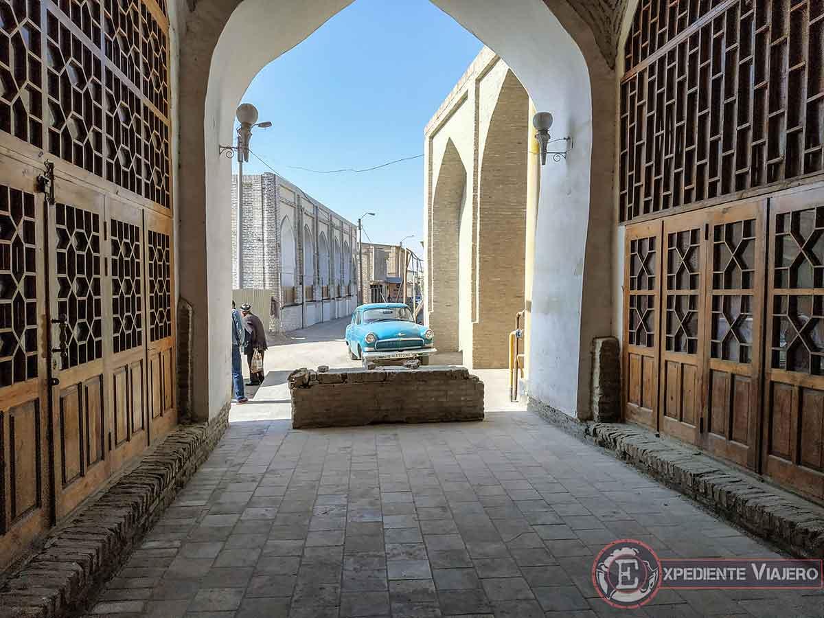 Qué ver en Bukhara: Coche antiguo