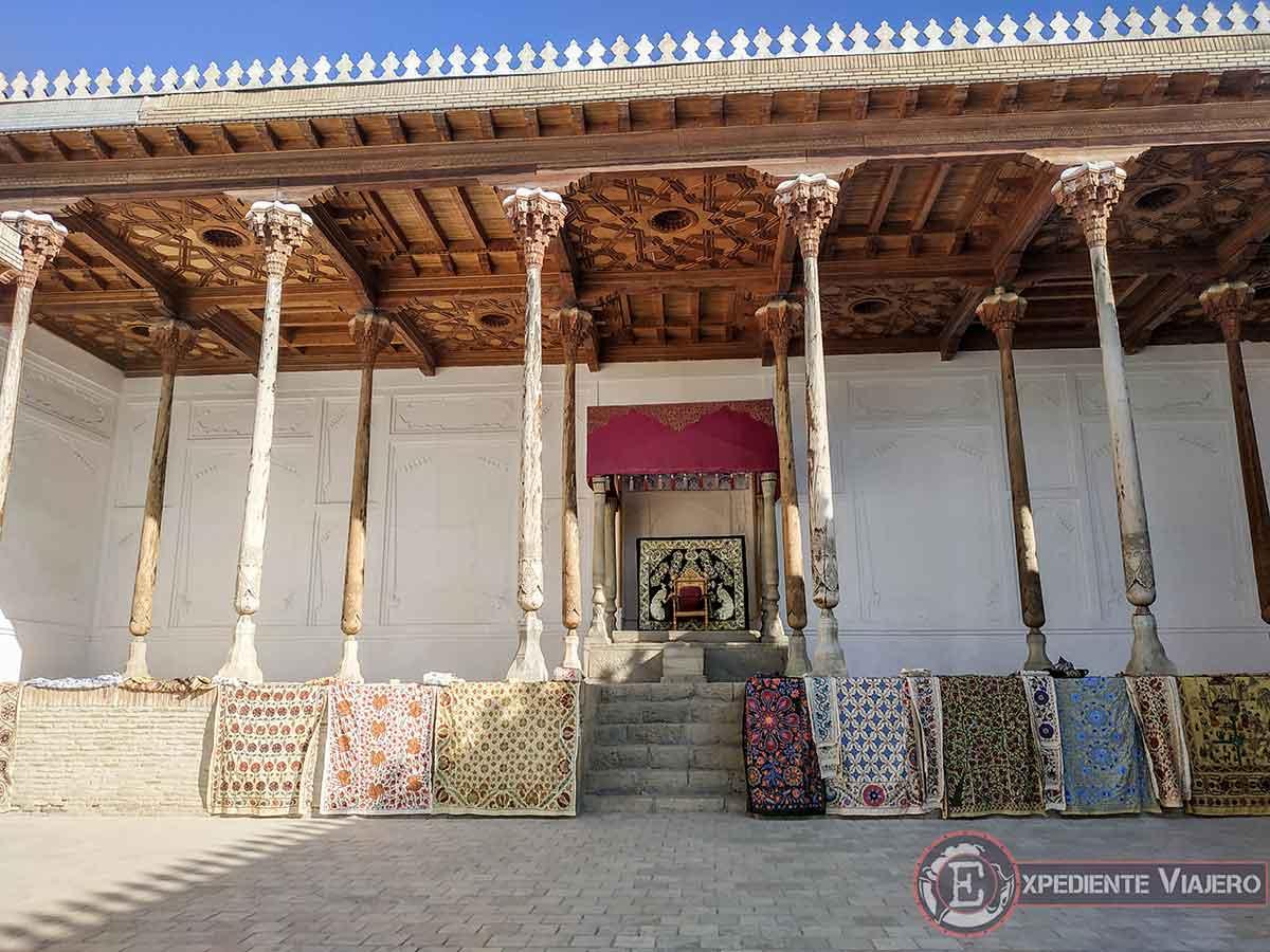Sala del trono de la fortaleza Ark