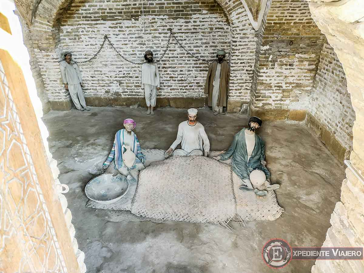 Mazmorra Zindan con presos