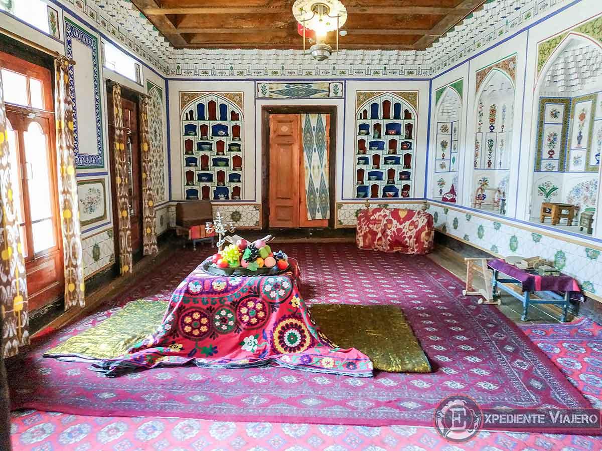 Lujoso interior de la casa de Fayzulla Khojaev