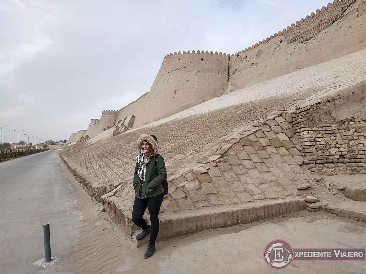 Exterior de las murallas de Jiva