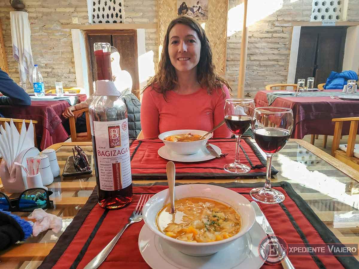 Comida y vino de Uzbekistán