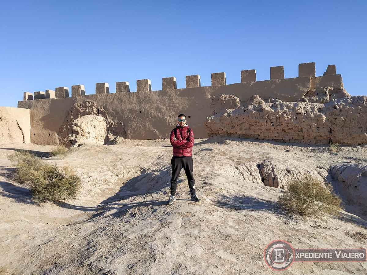 Dentro de la fortaleza Kyzyl-Kala