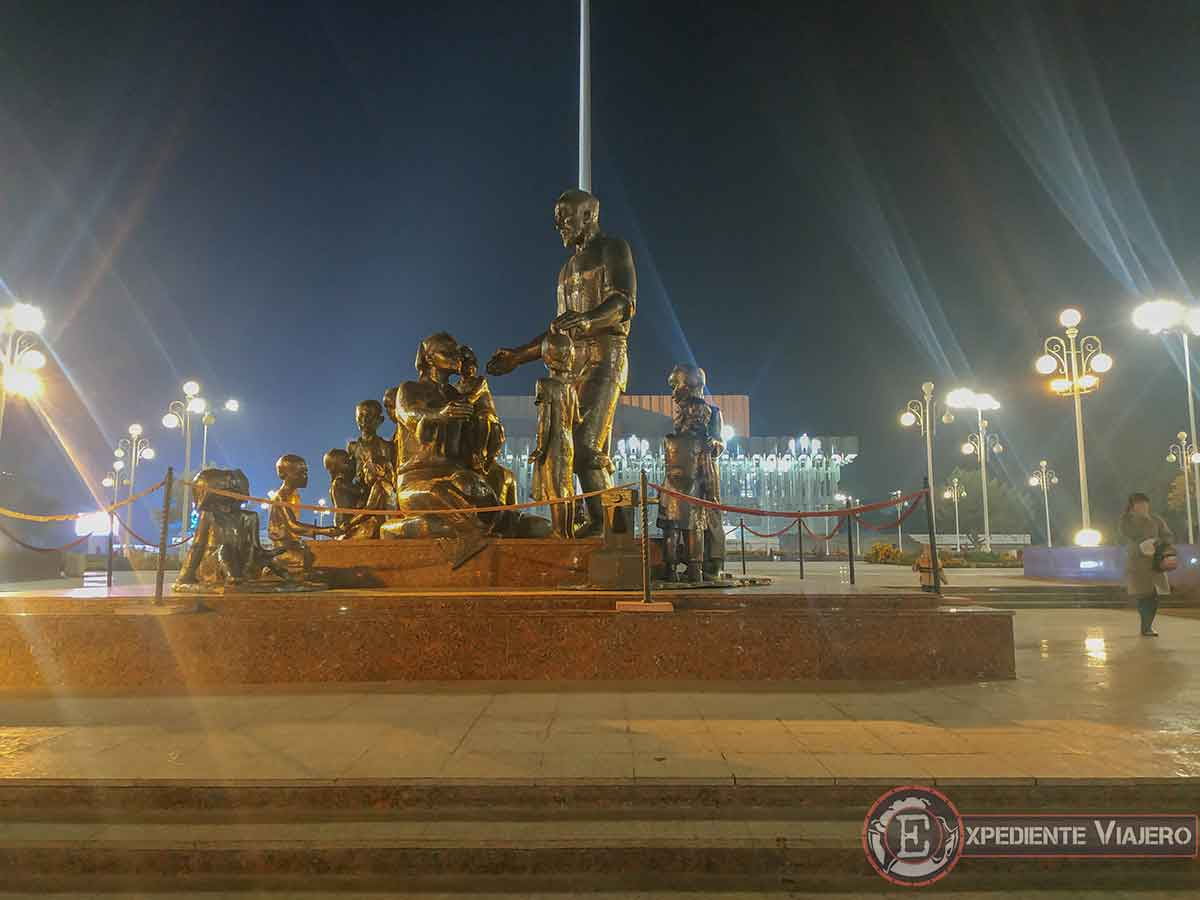 Monumento a Shaahmed Shamahmudov