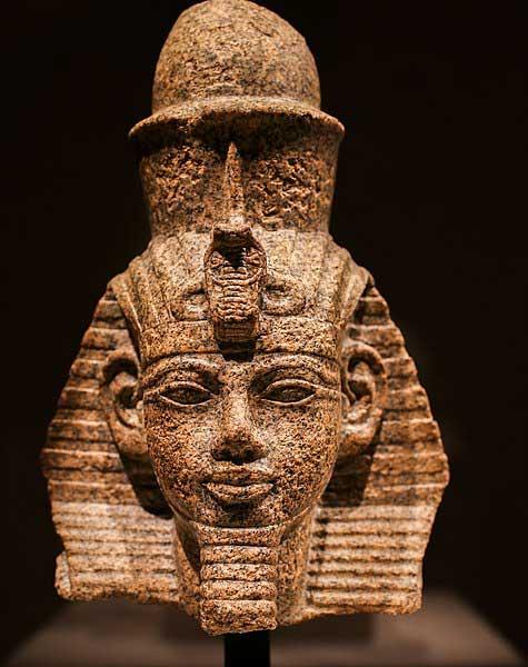 Estatua de Amenhotep III
