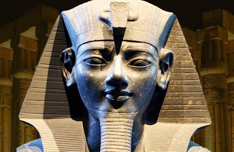 La historia de Amenhotep III
