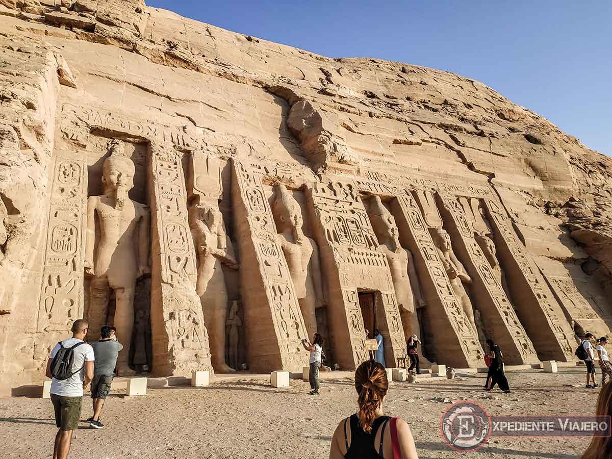 Templo de Ramsés II dedicado a su mujer