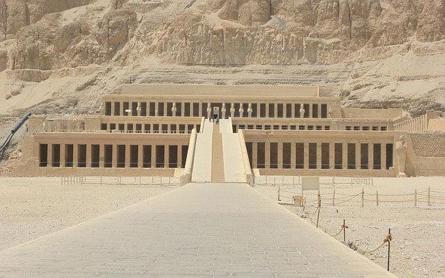 Hatshepsut como constructora