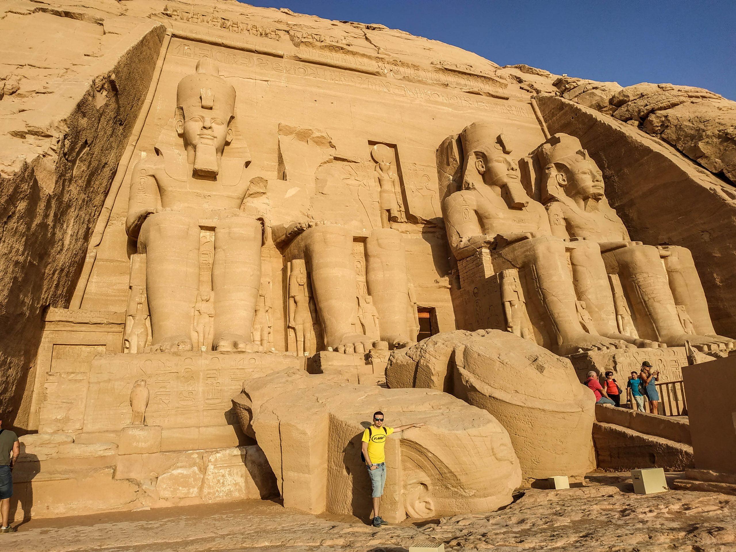 Figura partida de Abu Simbel