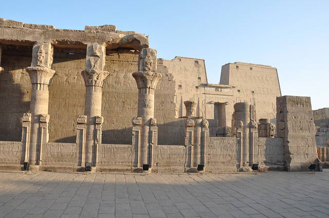 Llegada al Templo de Horus
