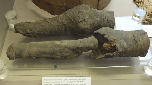 Las piernas de Nefertari