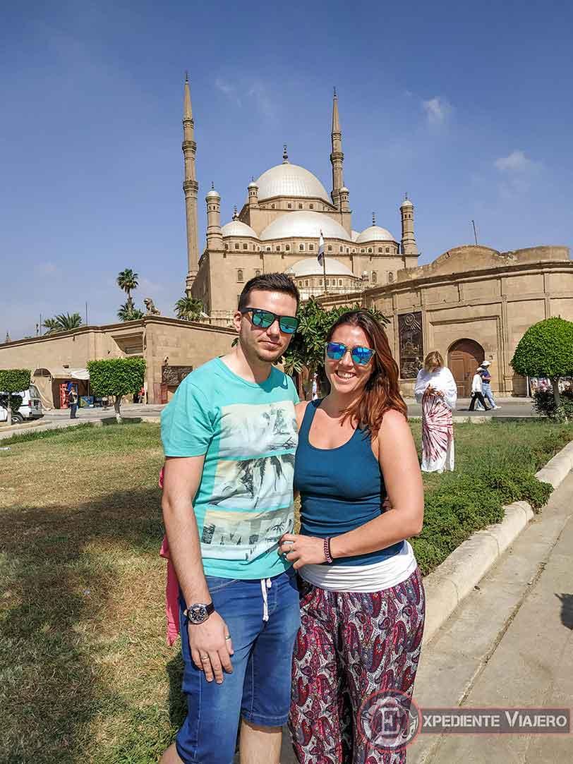 Nosotros con la Mezquita de Alabastro al fondo
