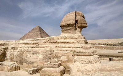 Día de pirámides y la Gran Esfinge de Guiza