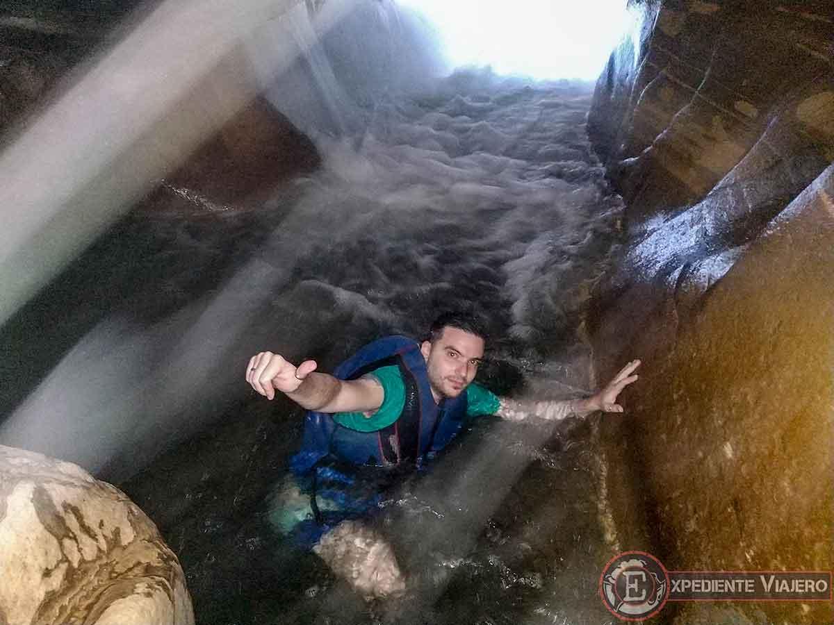 Las aguas del Siq Trail