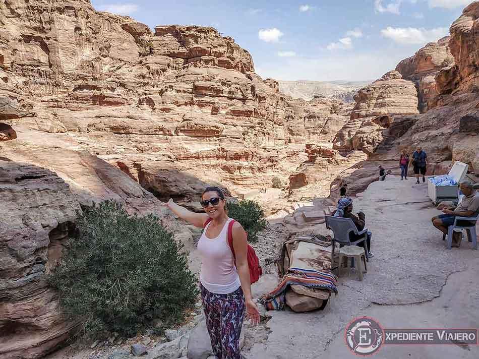 Puesto beduino en la subida al Monasterio (Ad Deir) de Petra