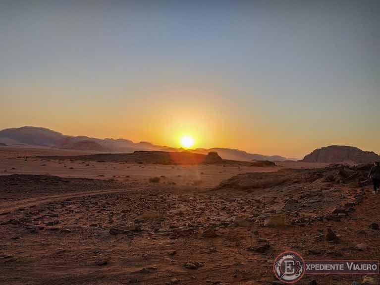 Qué hacer en el desierto de Wadi Rum: Ver el atardecer