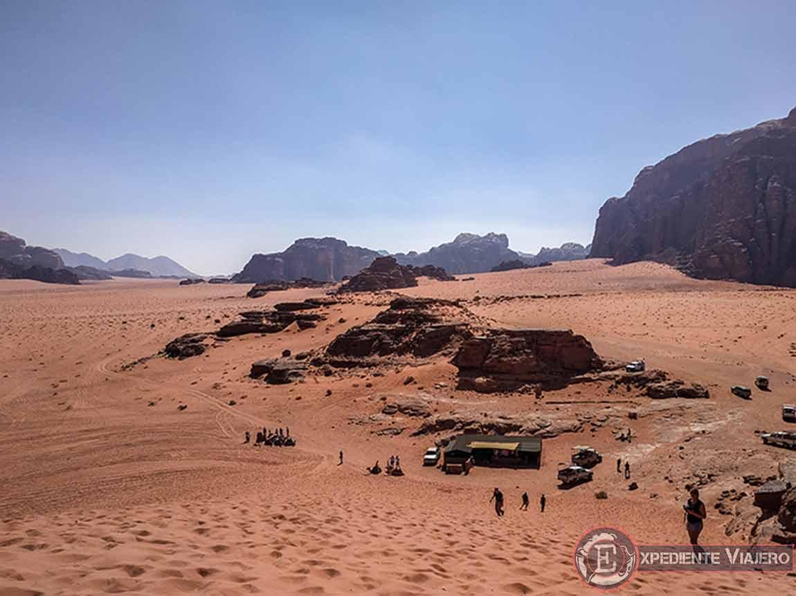 Qué hacer en el desierto de Wadi Rum: Empinada cuesta de arena para subir a Al Ramal