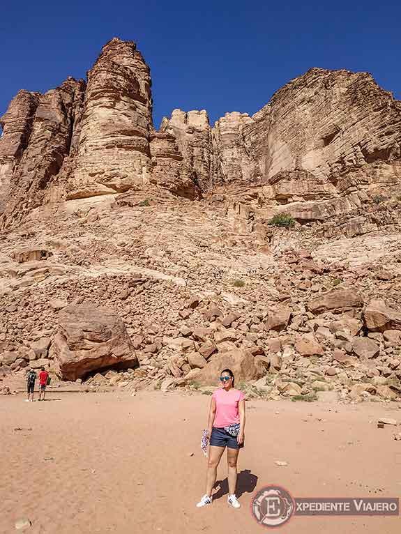Montaña con el manantial en Wadi Rum