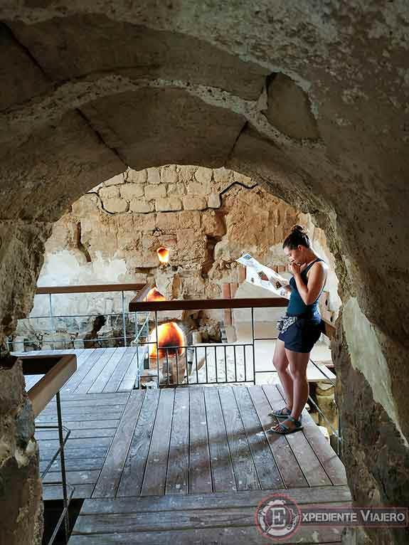 Termas al visitar la fortaleza de Masada en Israel