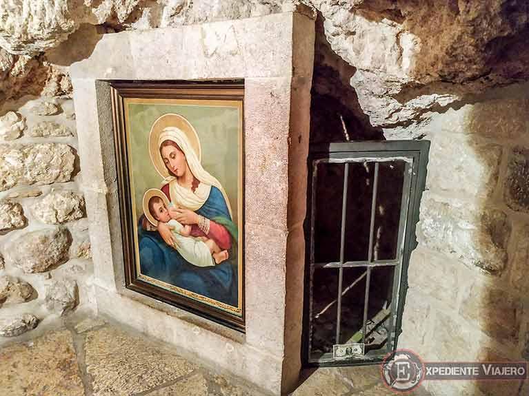 Qué ver en Belén (Palestina): Cuadro de María amamantando a Jesús