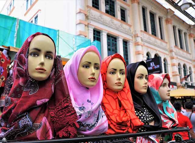 ¿Cómo vestir en Jordania durante tu viaje? Los velos