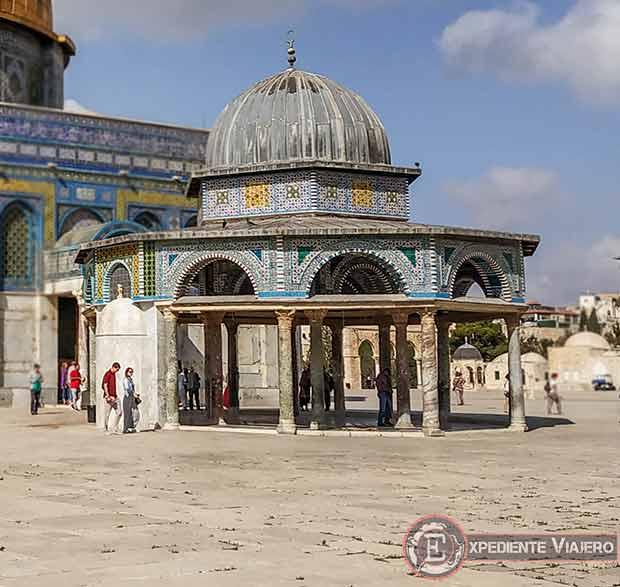 Cúpula de la Cadena en la Explanada de las Mezquitas de Jerusalén