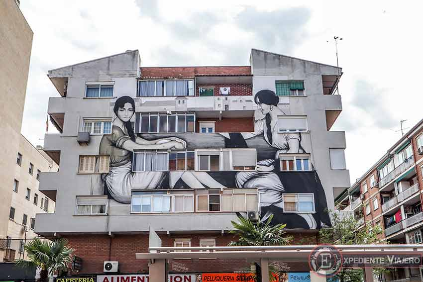 Grafitis de Torrejón: ¨La Buenaventura¨ de Julio Romero de Torres