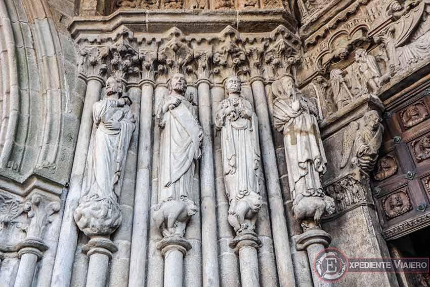 Visitar la Catedral de Tui: Detalles en su fachada