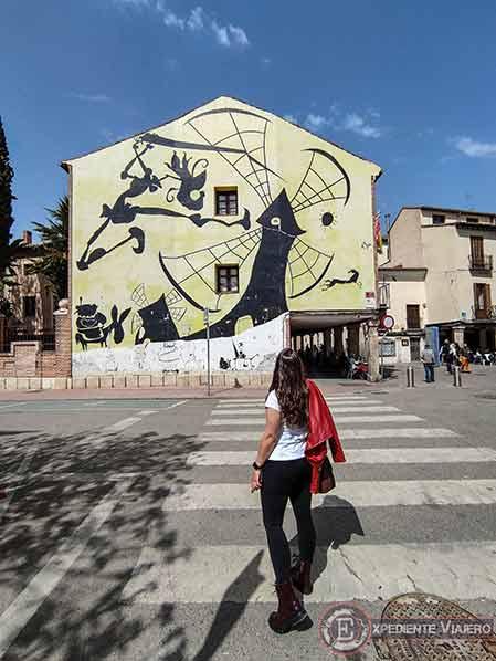 El mural más famoso del Quijote en Alcalá