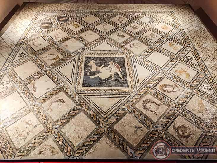 Mosaico del Museo Arqueológico de Alcalá de Henares