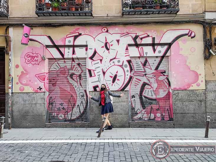 Grafitis en los locales de Tribunal