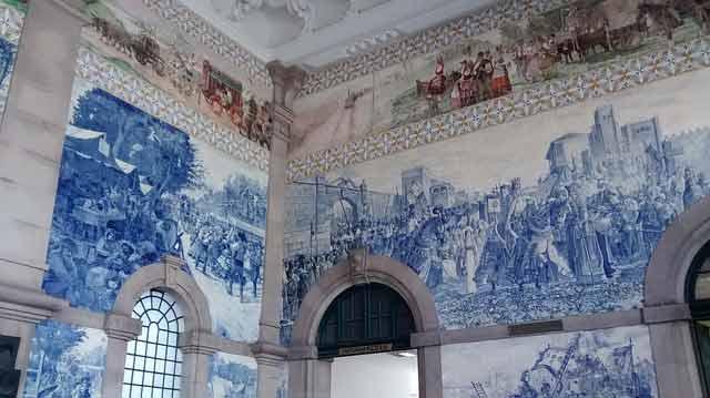 ¿En cuantos días se ve Oporto: Azulejos de la Estación San Benito