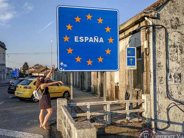 Letrero de España al cruzar el Puente Internacional