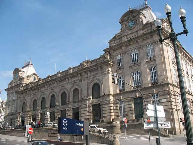 ¿En cuantos días se ve Oporto: Estación San Bento